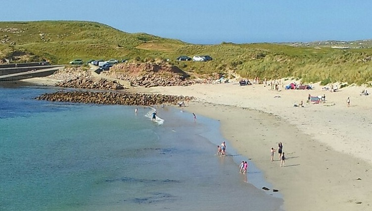 beachThumbR.jpg