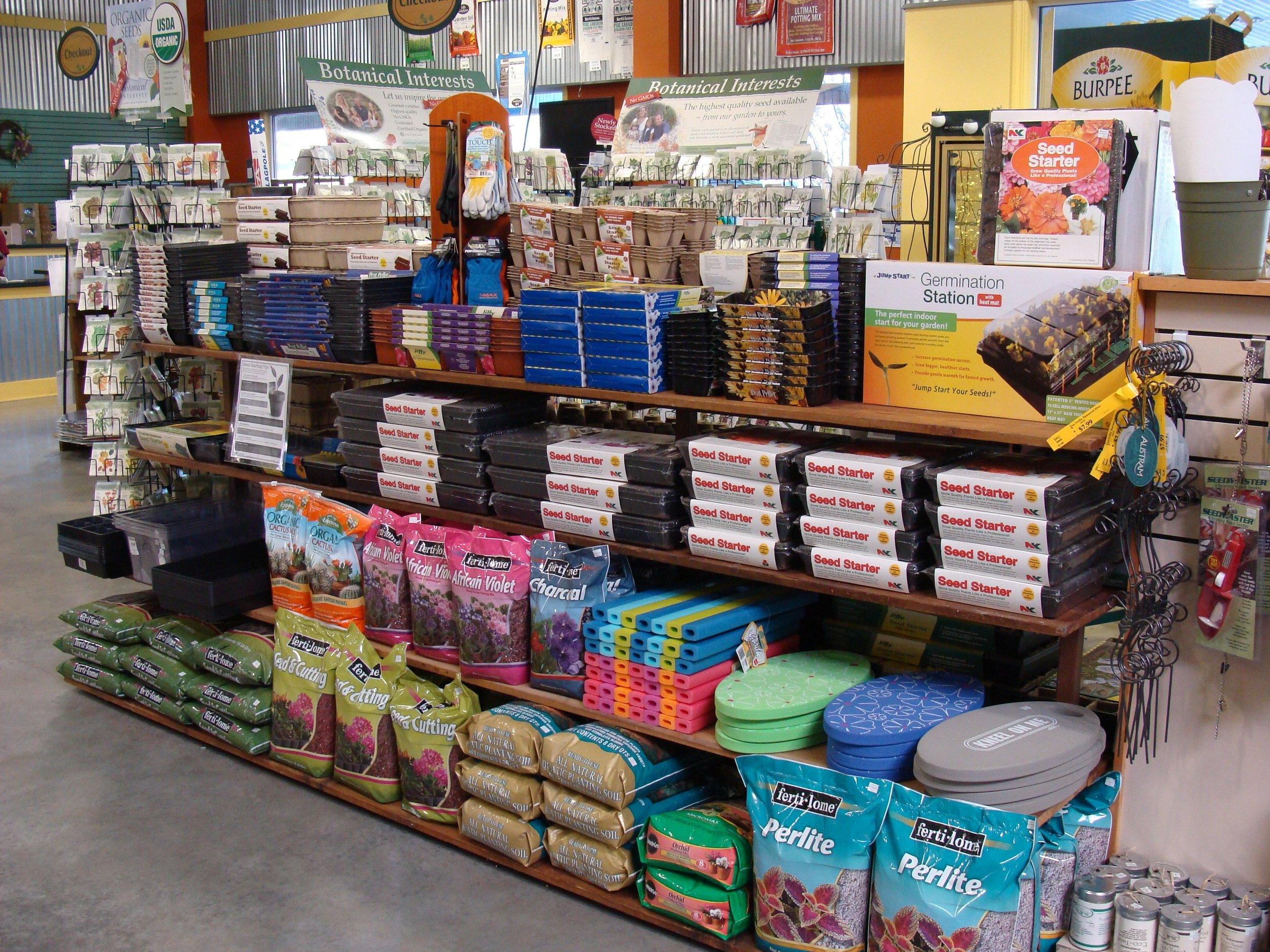 seedstartingsuppliesshelf2-151.jpg