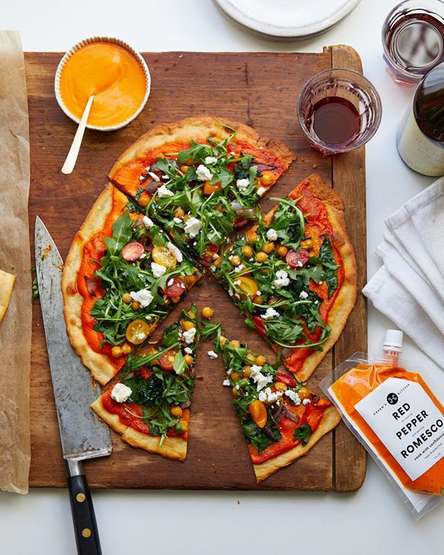 Whatcha making this weekend? May we suggest this crispy, creamy, savory pizza? Recipe on the website BUT really all you need is a crust, #havenskitchensauces #romesco and veggies of your choice.  We do the work so you can be the creative host with the most that you are 🧡  #cookwithconfidence #fresh #vegan  #howdoyousauce #glutenfreepizza #semihomemade  #havenskitchensauces #dinnerideas #healthyrecipes #realfood #cooksmart #pizzaparty