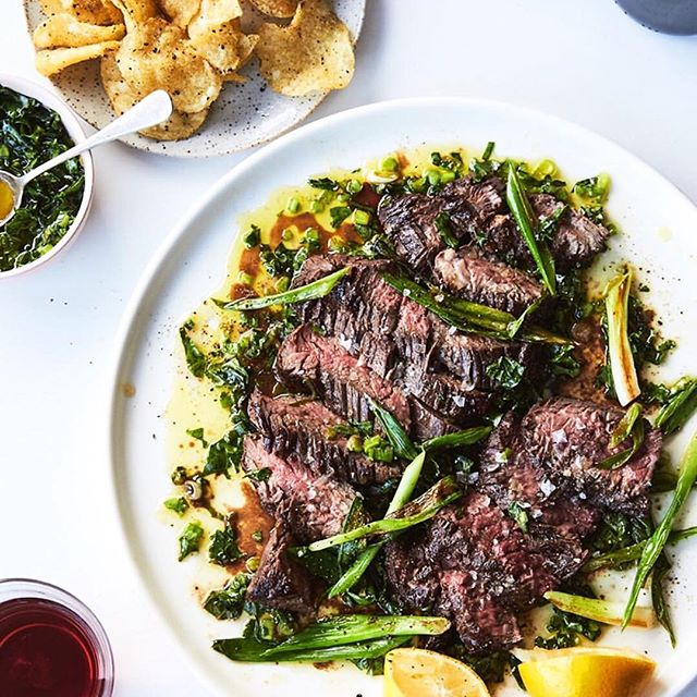 Anyone else mouth water @alisoneroman 's steak and chips for @nytcooking ?? For the time crunched: grill, slice, pour chimichurri 👏🏼👏🏼👏🏼 #cookwithconfidence #fresh #steak  #howdoyousauce #chimichurri #sizzleanddrizzle #semihomemade  #havenskitchensauces #dinnerideas #realfood #cooksmart