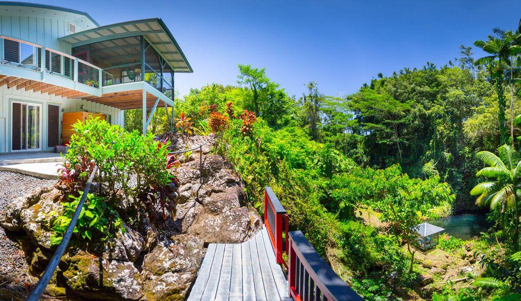 Writers Retreat in Hawaii 2019-11.jpg