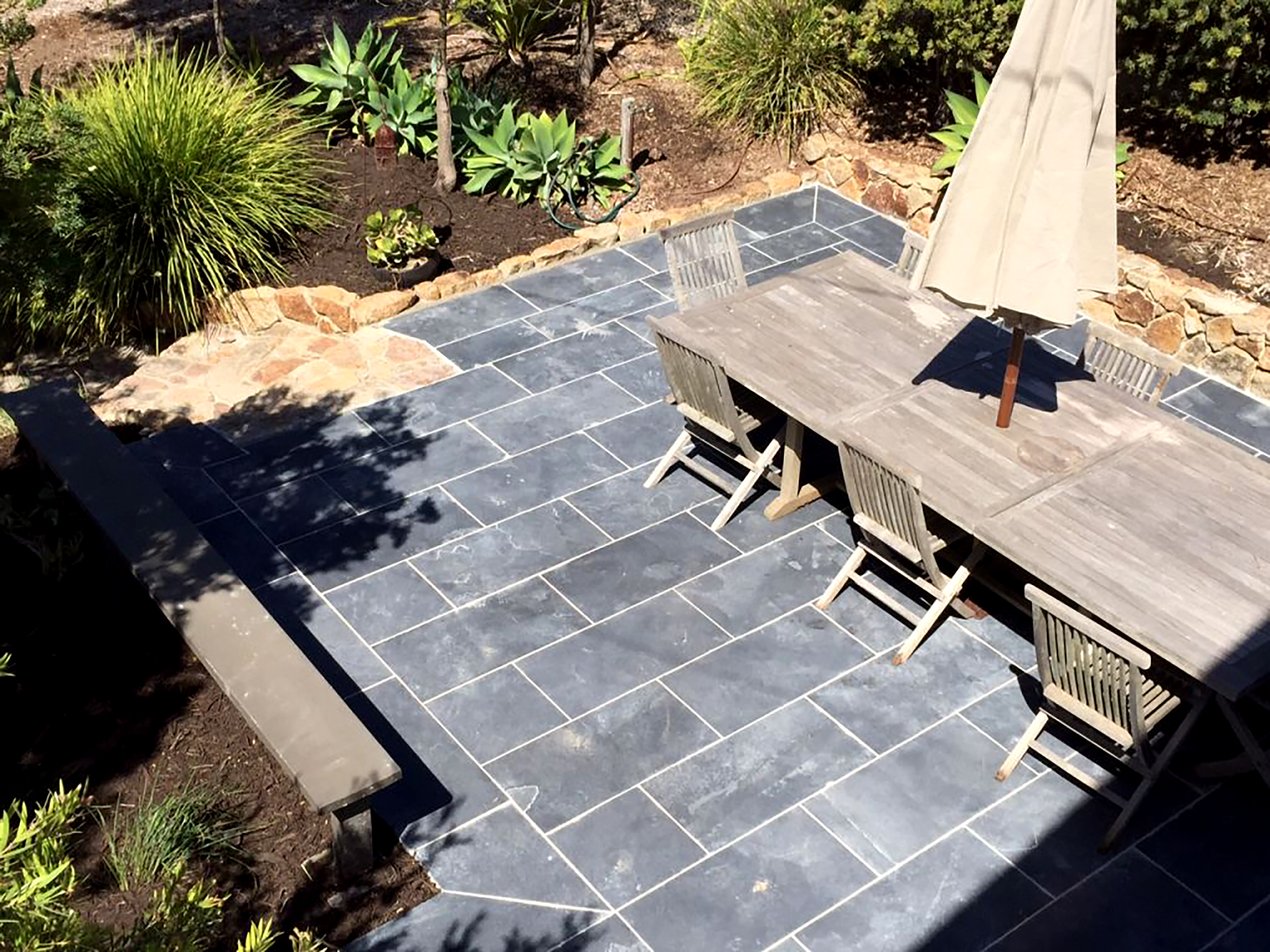 Black Beauty Limestone Pavers