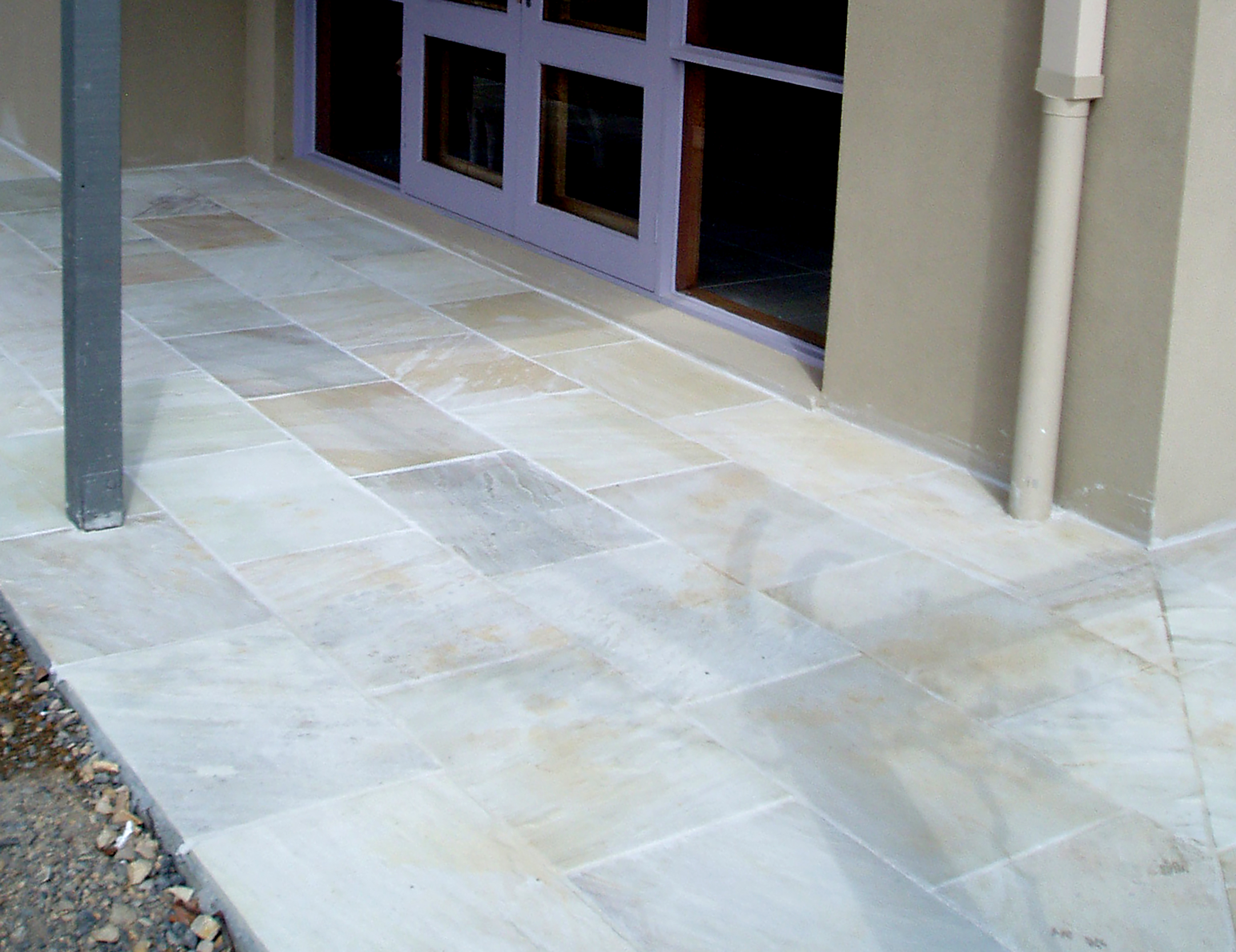 Natural Finish Sandstone in Tinted Mint