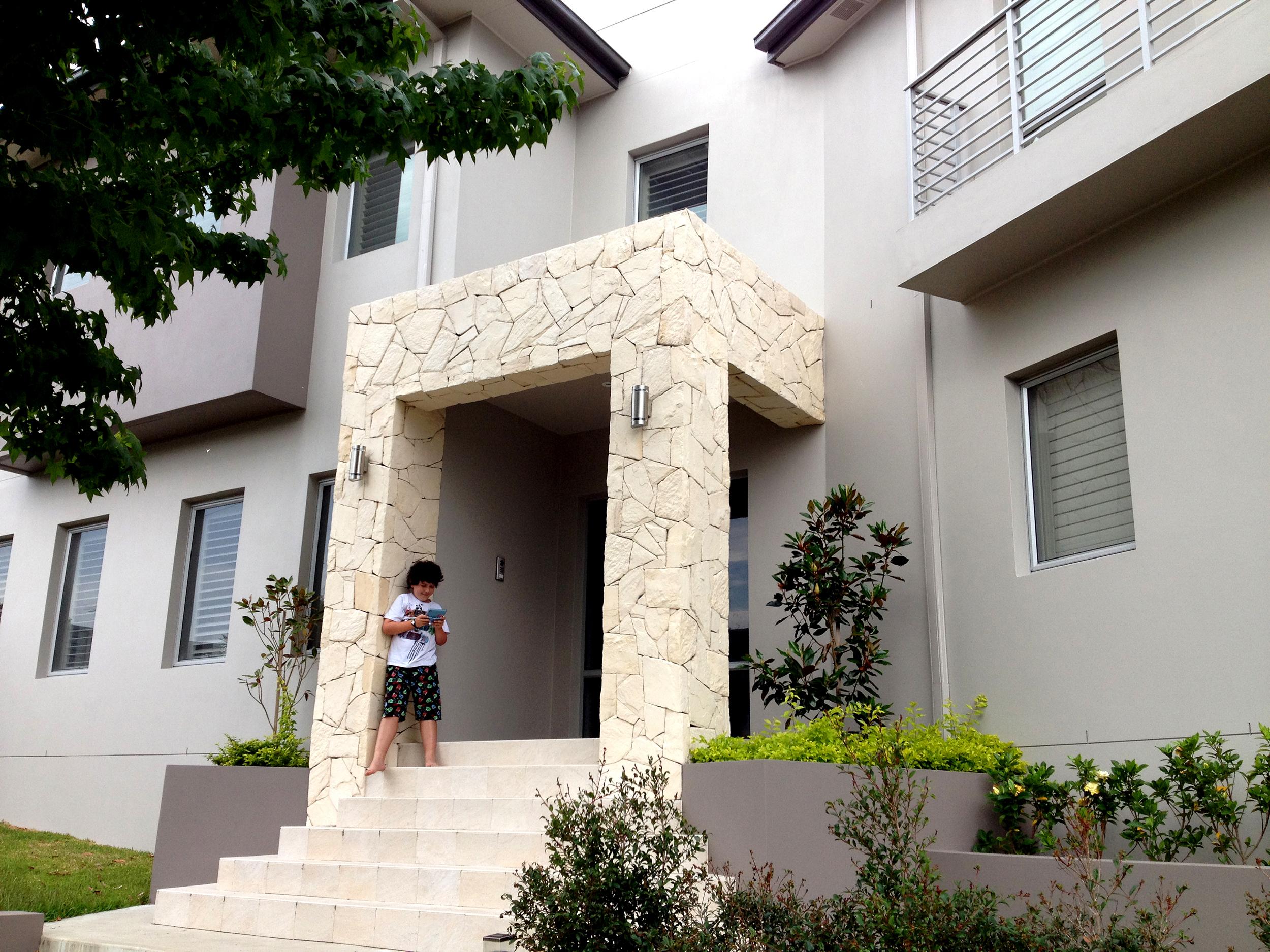 Arctic Limestone Veneer Stone on Front Porch