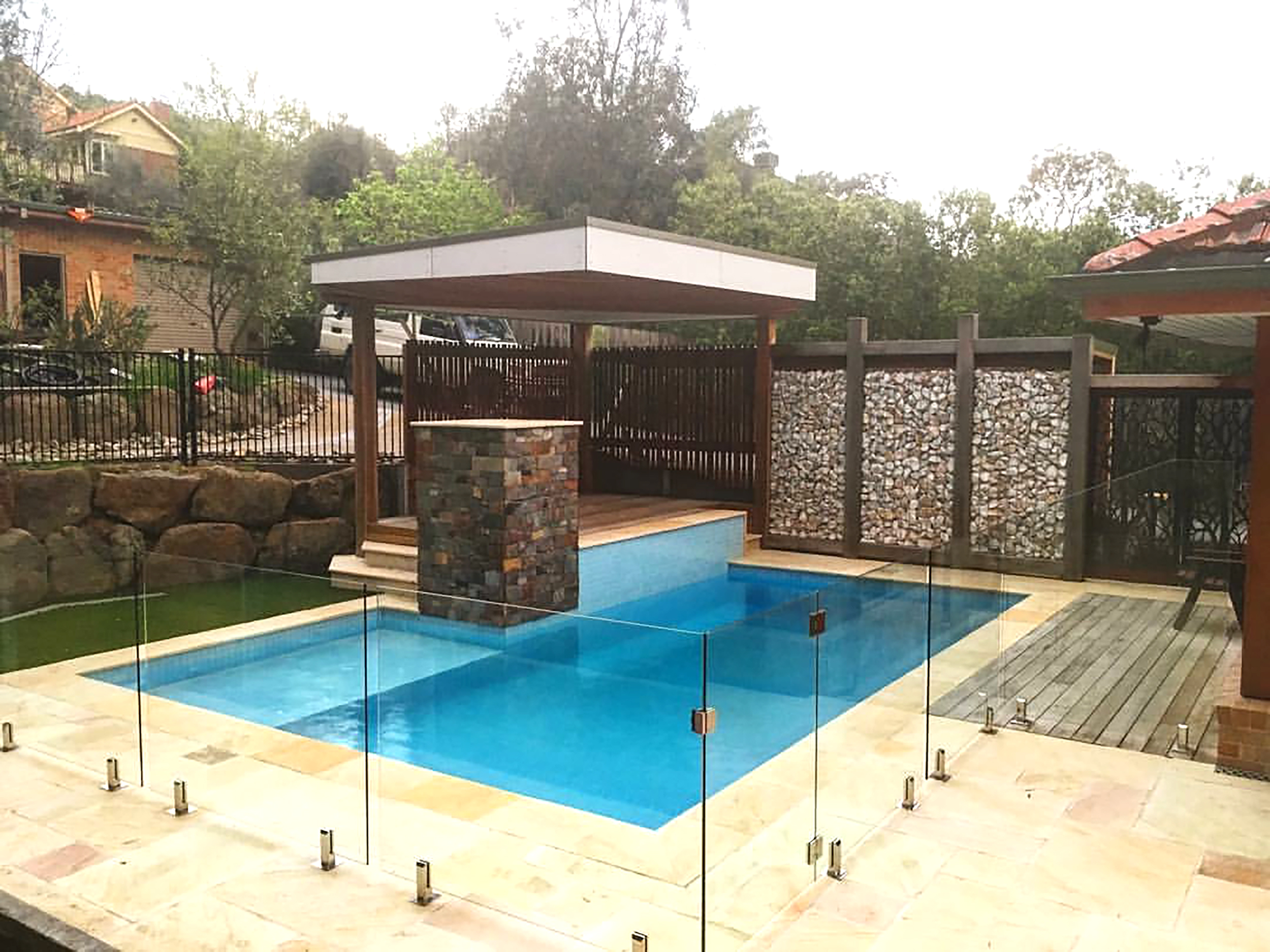 Rustic Outback Pillar and Kimberley Beige Sandstone around Pool Area