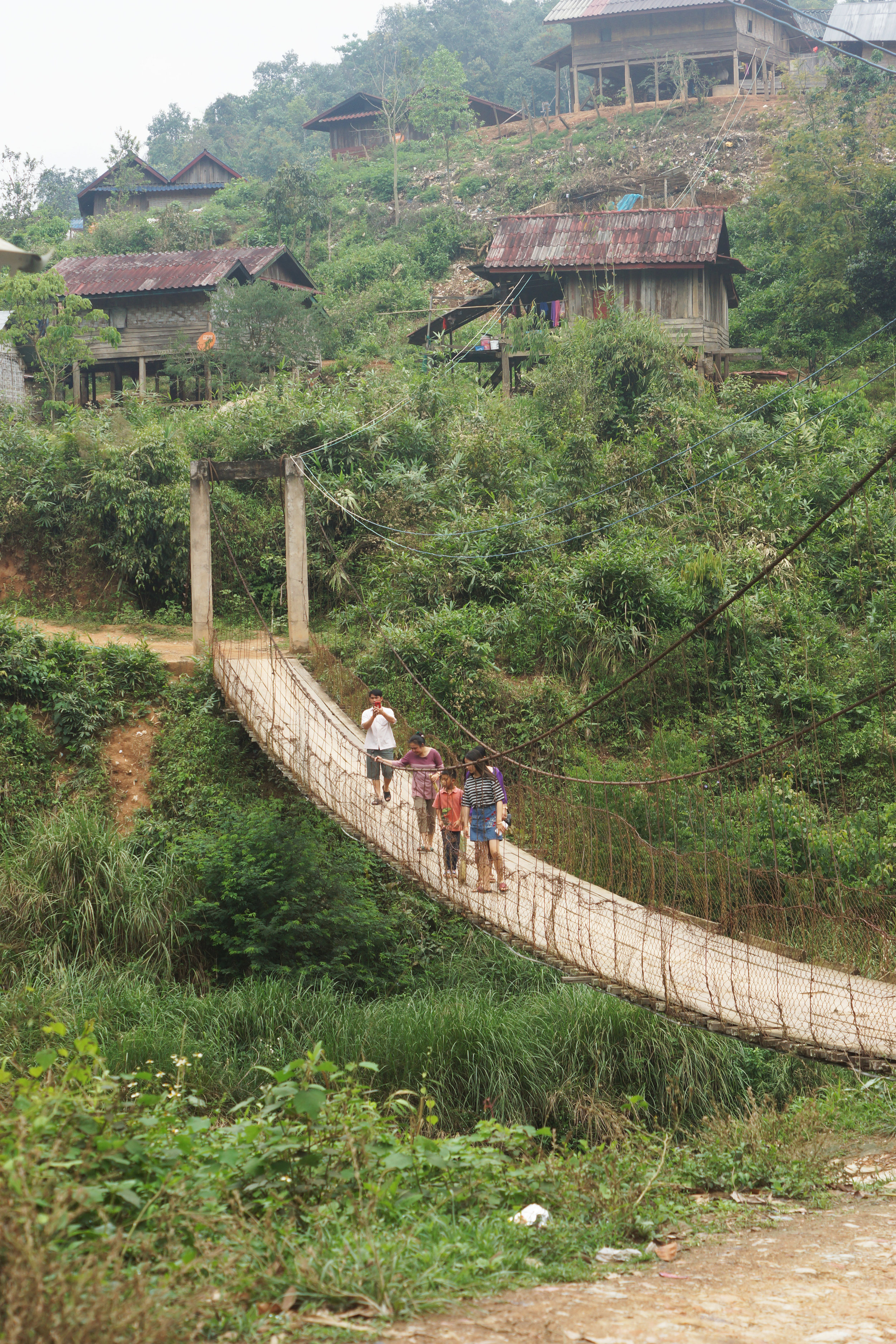 The only access to Lakkham-Kao.