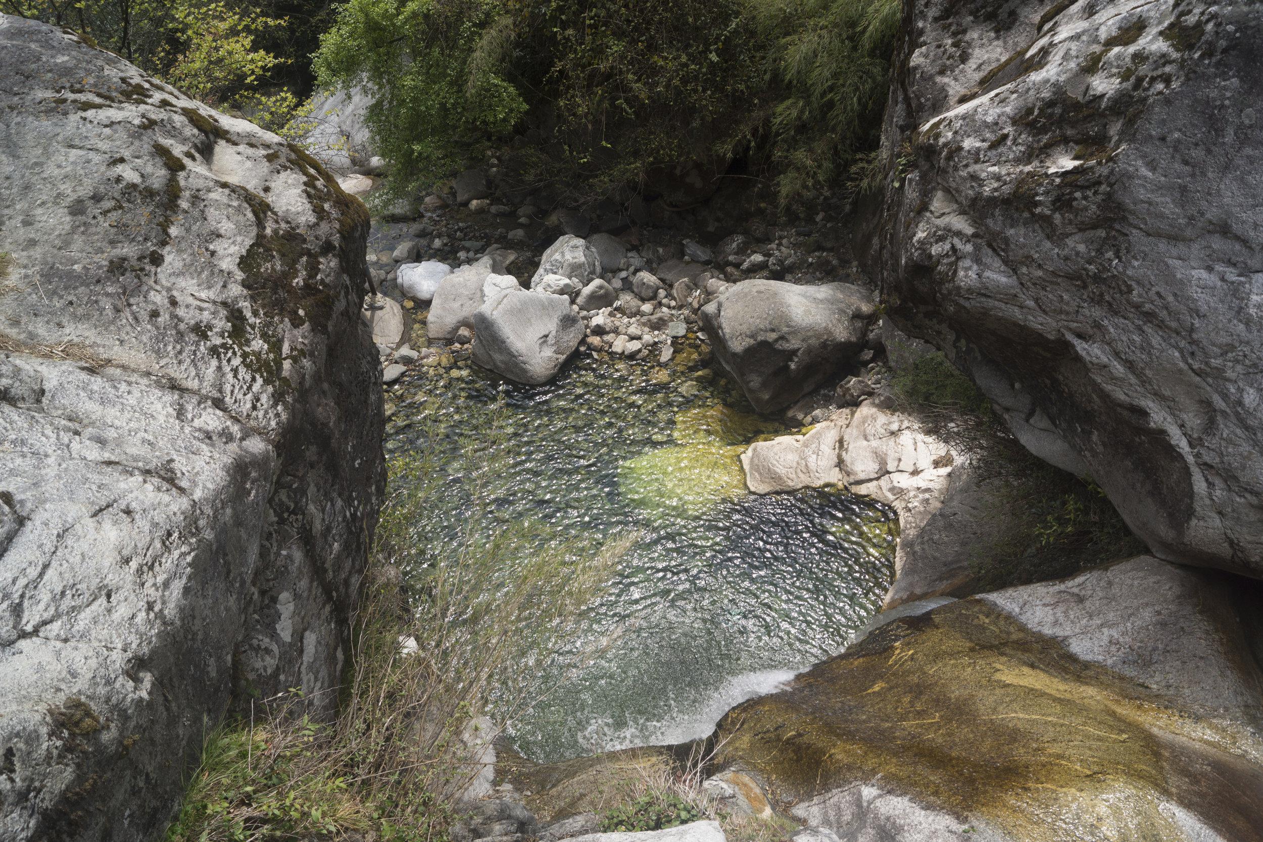 A rock pool in Cangshan.