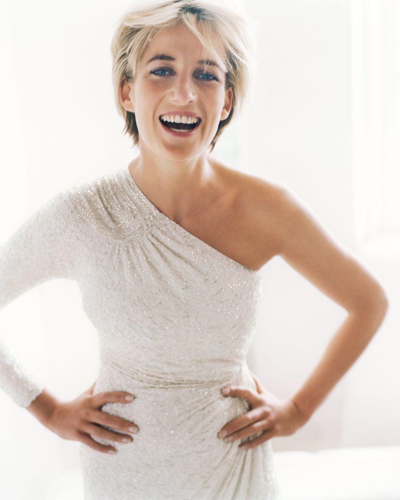 Diana in 1997 gefotografeerd door Mario Testino