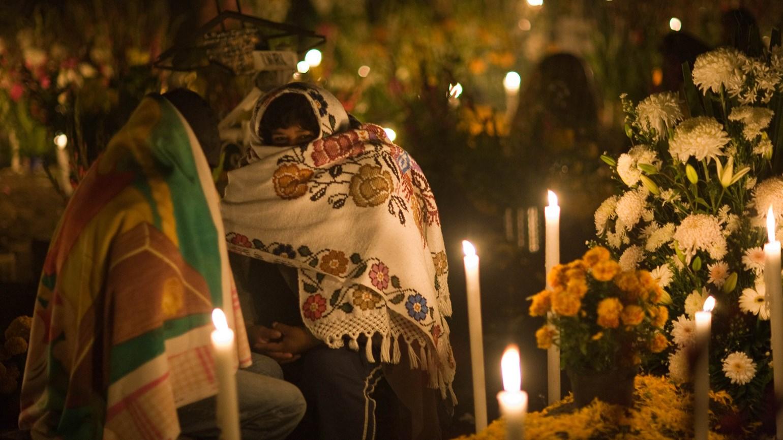 T0808DAYOFTHEDEAD_C_HR Xochimilco.jpg