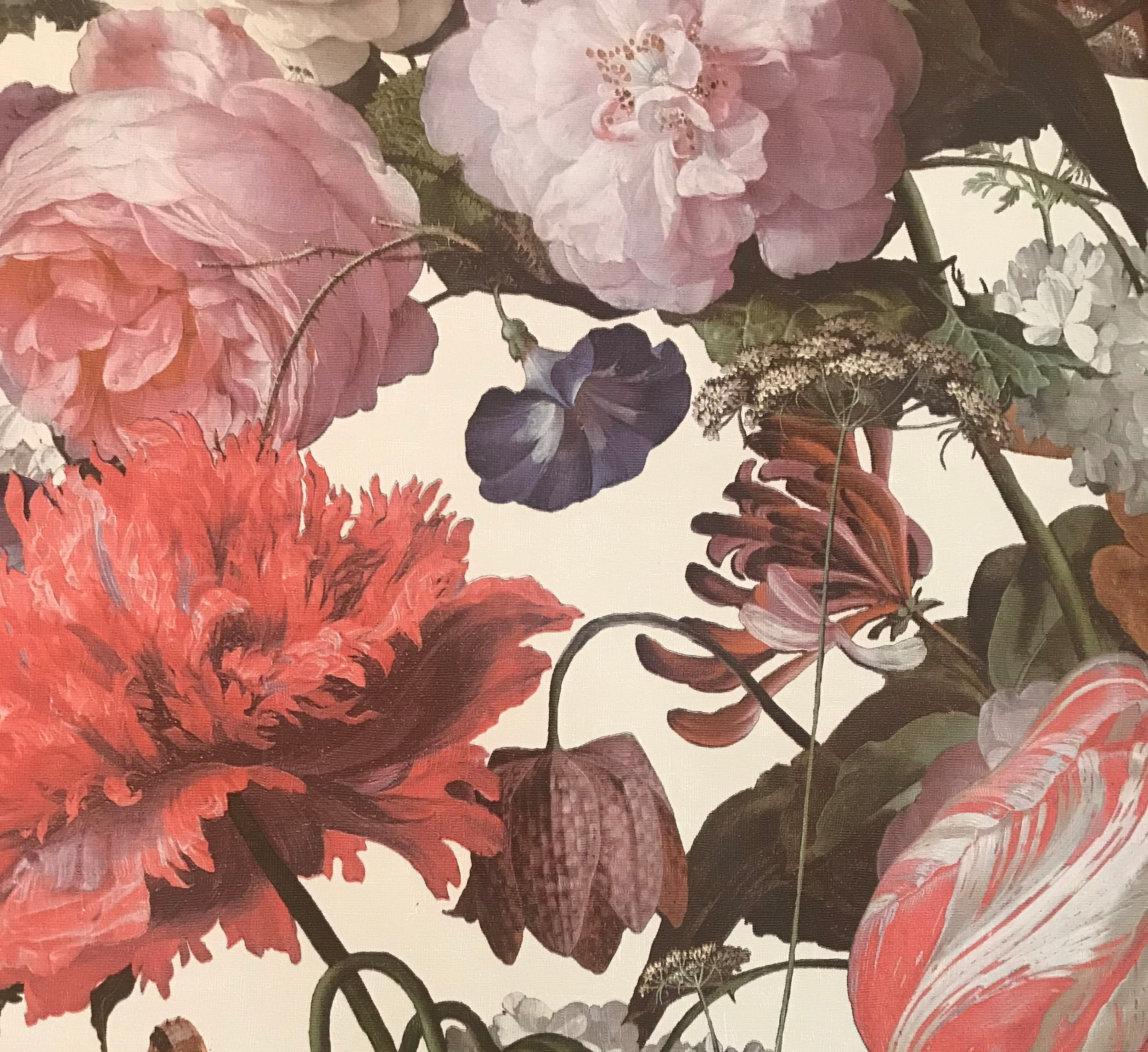 #4 Laat er een foto of schilderij van maken - Bloemen zijn al eeuwenlang object van stillevens. Snappen we! Hoe mooi is het als je dit ook met je rouwbloemen doet. Laat er een professionele foto van maken, of een schilderij. Zo geef je de betekenisvolle schoonheid een mooie langdurige plek in je huis.