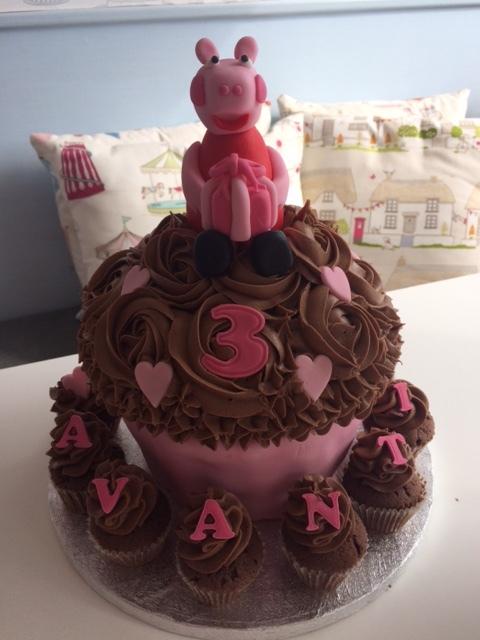 Peppa Pig Giant Cupcake.JPG