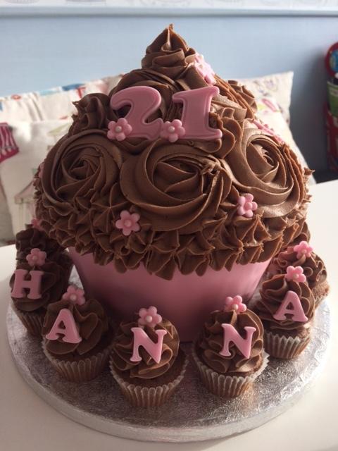 Pink n Choc Giant Cupcake.JPG