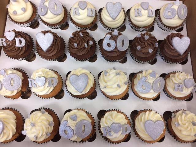 Silver Wedding 2 Cupcakes.jpg