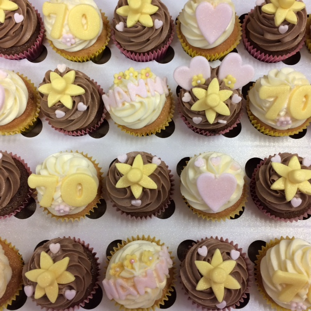 Birthday Daff Cupcakes.jpg