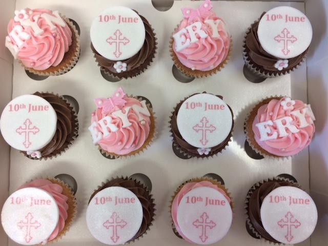 Holy+Communion+Cupcakes.jpg