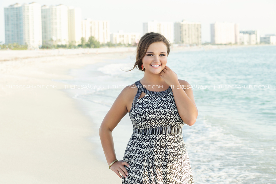 Stylish-clearwater-Beach-Senior-Photos-011.jpg