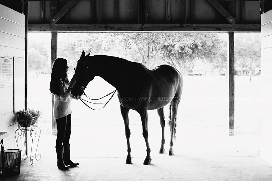 On-location-Equestrian-senior-photographer-007.jpg