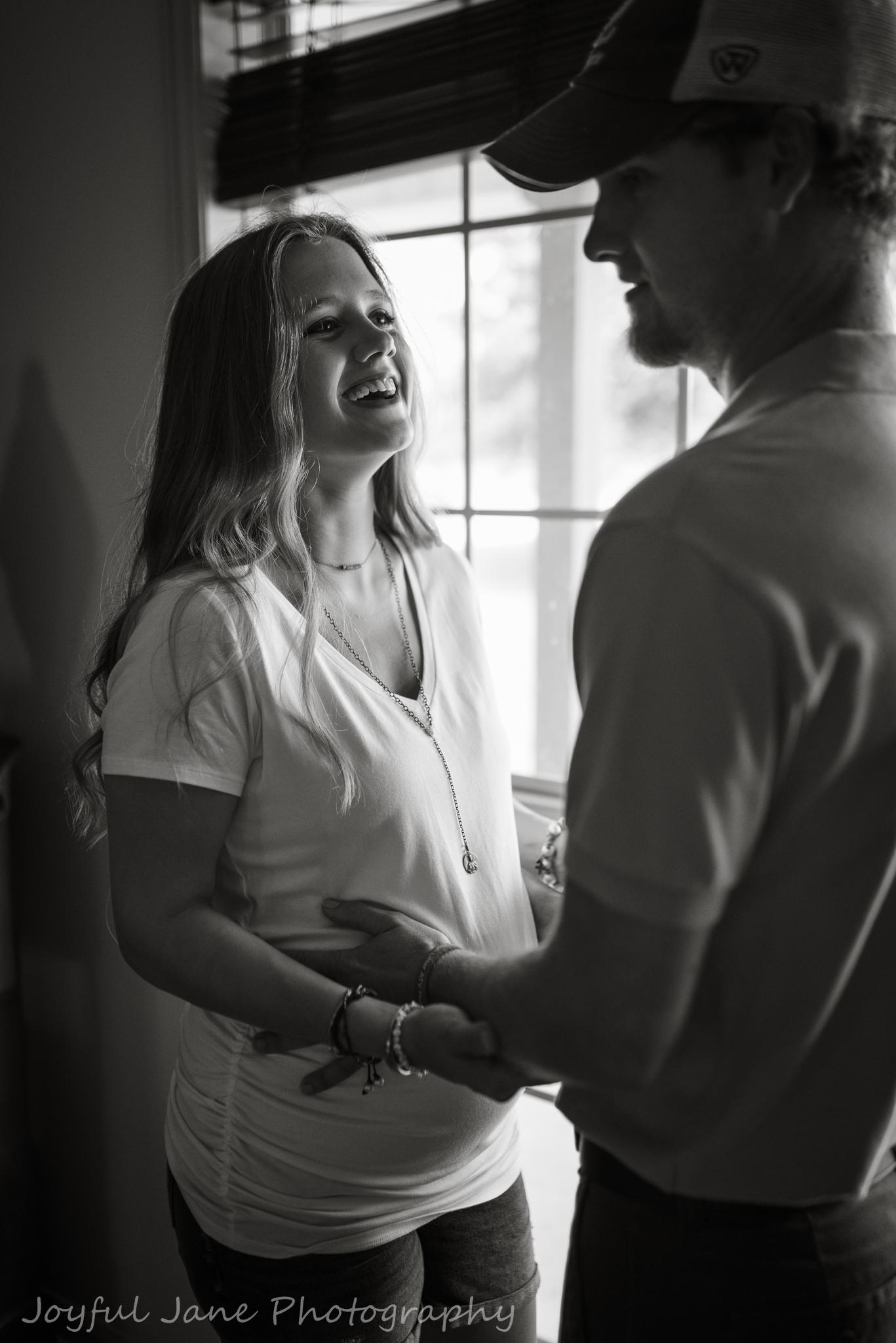 Louisiana In-home maternity photography | Joyful Jane Photography