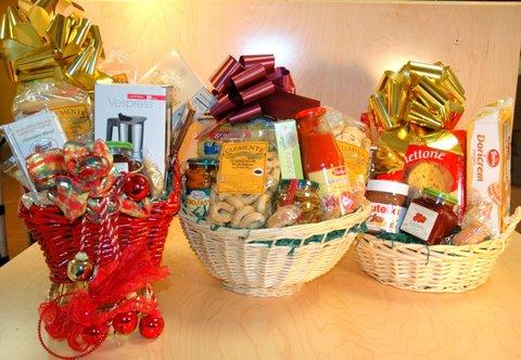 gift basket maria 3.jpg