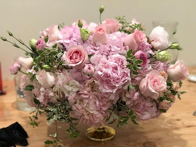 Blushing in the studio  #blush #roses #peonies #laflorist #events