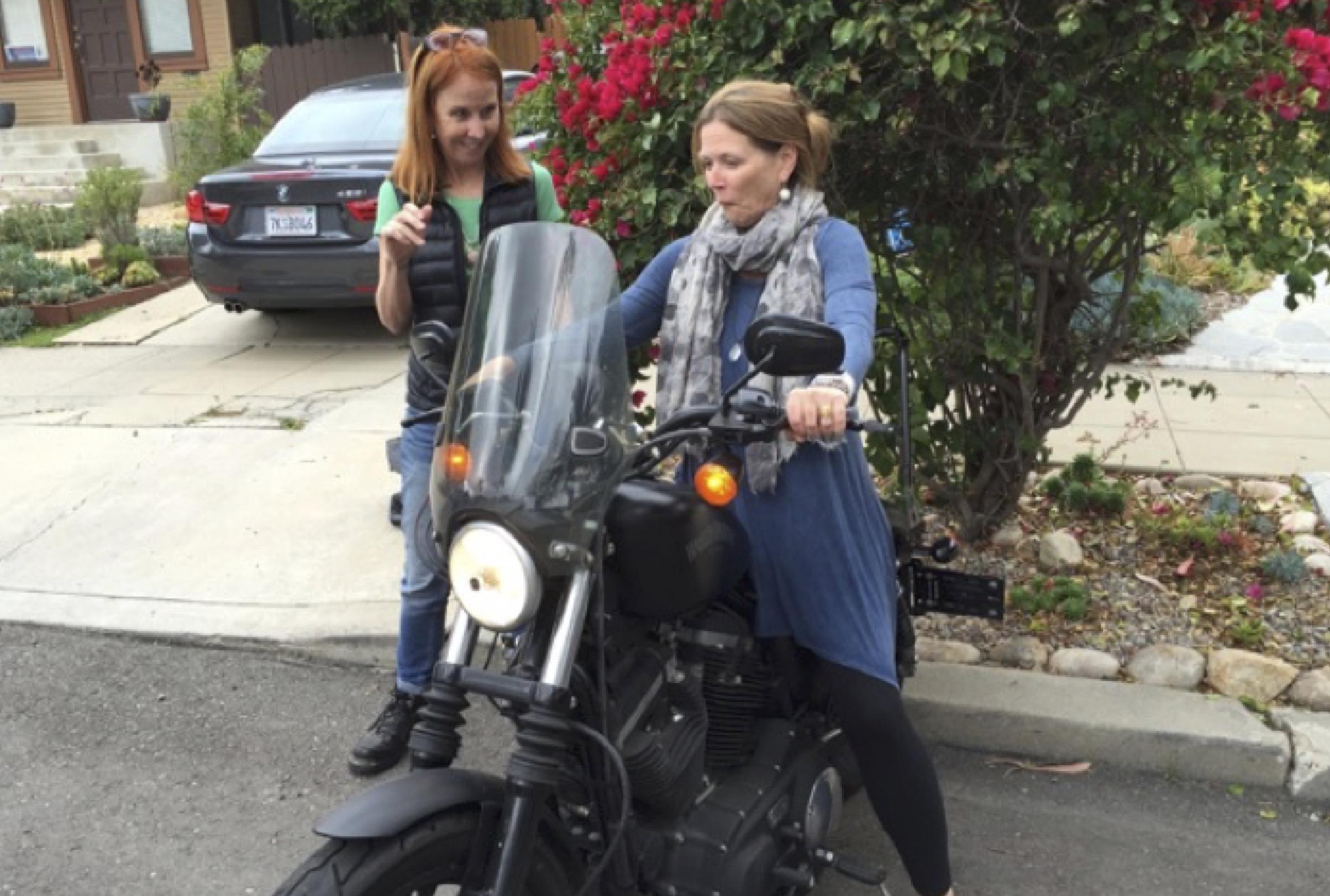 Salon_Bernadette_Motorcycle.jpg