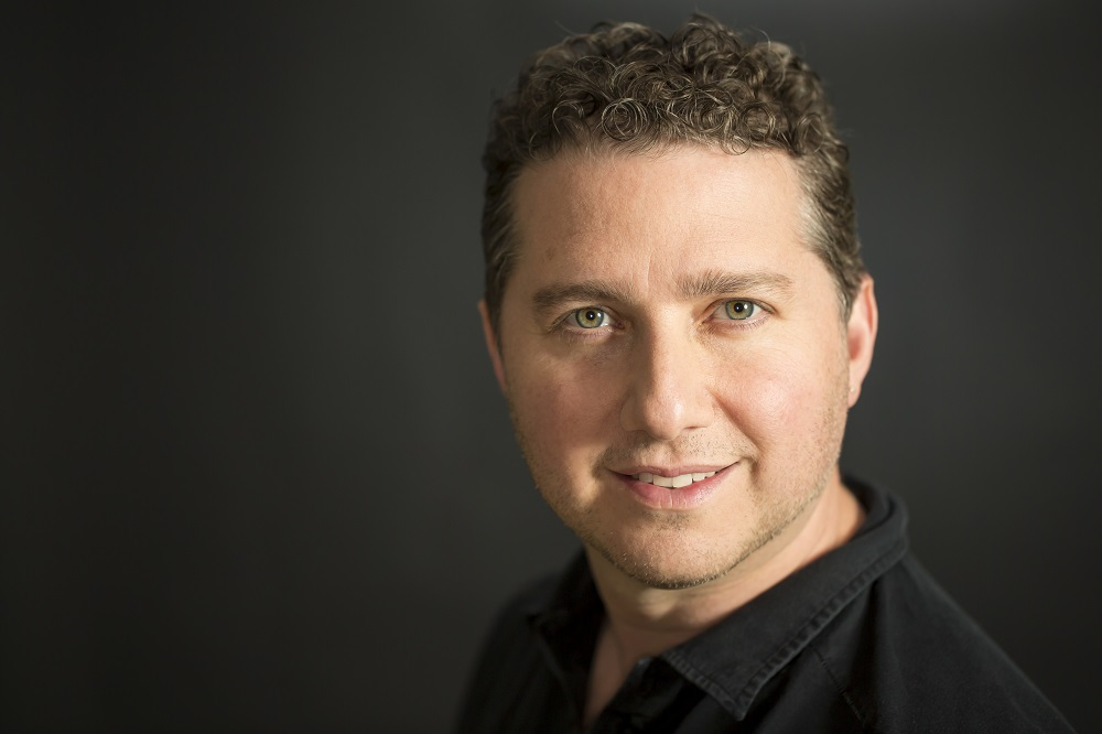 Marc Saltzman - Technology Expert and Evangelist, Author and Syndicated Columnist