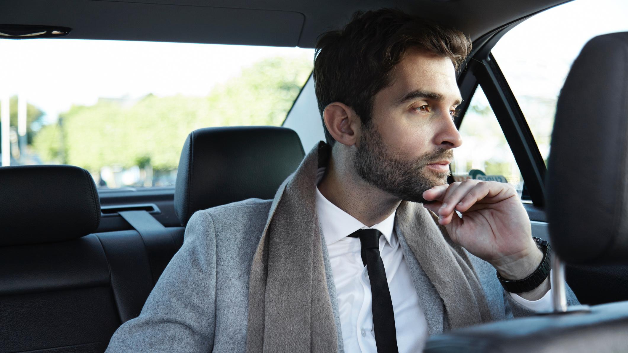 Business-car-615096666_2125x1416.jpeg