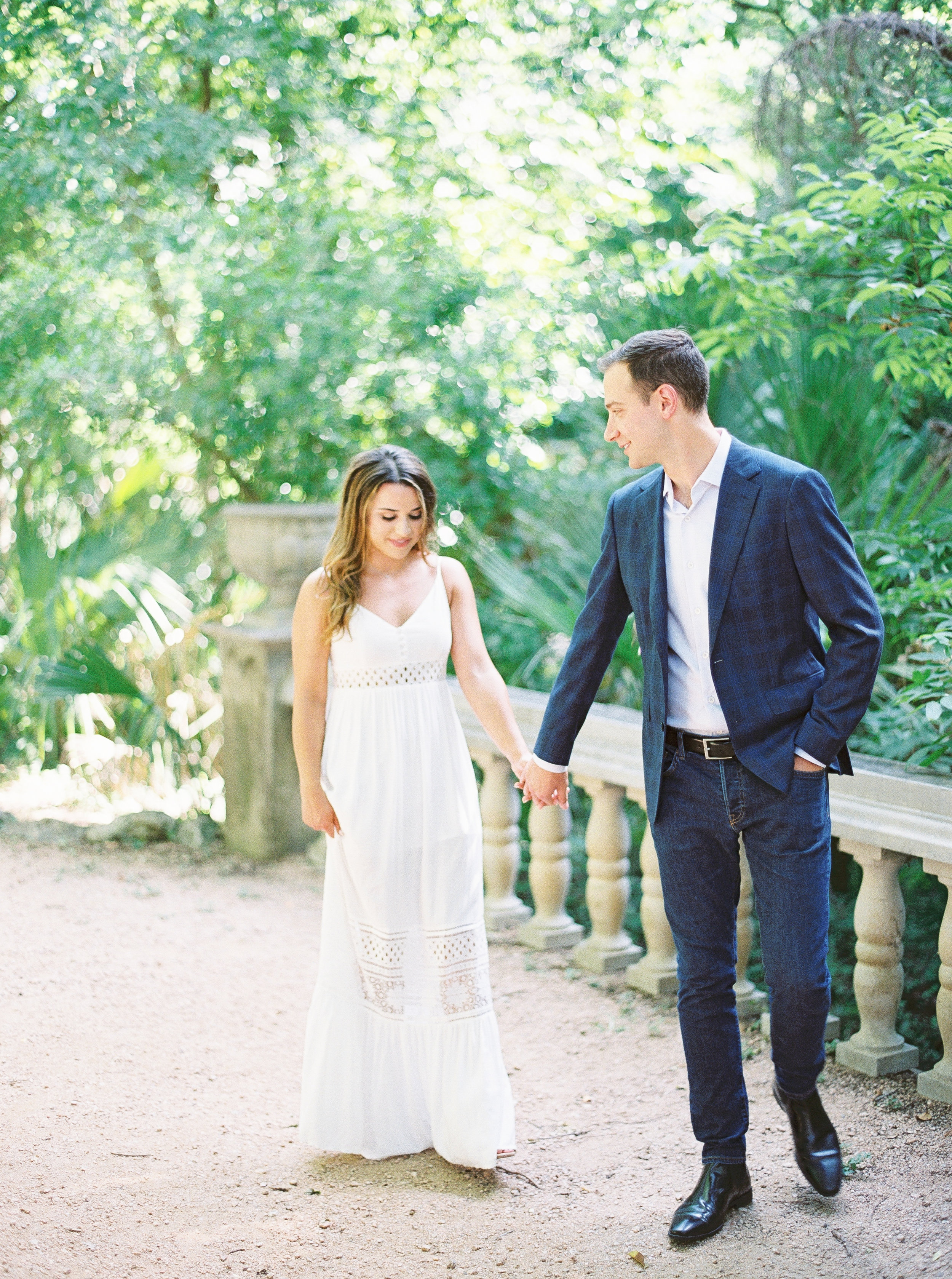 Rachel Owens Photography - Austin Wedding Photographer - Laguna Gloria Engagement - 6.jpg