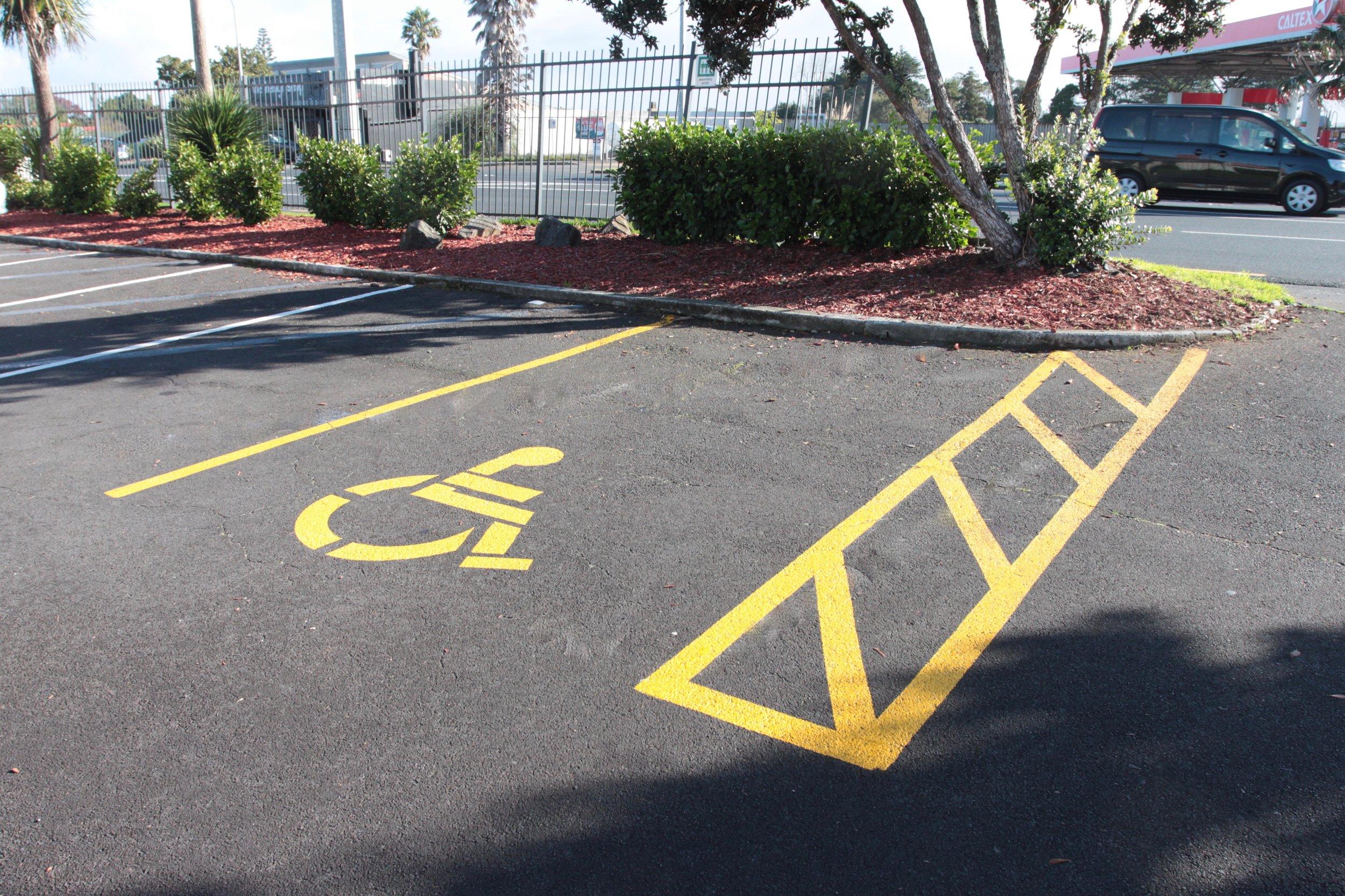 Car Park Carpark Disabled Yellow Lines Cross Hatch
