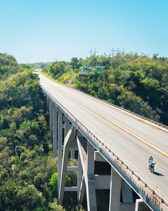 Bacunayagua Bridge, the tallest bridge in Cuba (110 m). - - - - - - #cubaautentica #varaderobeach #santiagodecuba #cubasunset #varaderosunset #sunsetshots #sonya6300 #waterlooregion #createexplore #cc5k #createcommune #cuba #cubatourism #havana #visitcuba #waterloophotographer #instacuba #travelhavana #cubatrip #cubanlife #habanacuba #habana #creativecapitalofcanada #kwawesome #regionofWaterloo #cubaisnotinwaterloo
