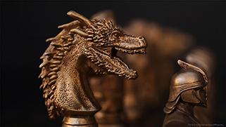 GameofThrones_Chess_02_gold.jpg