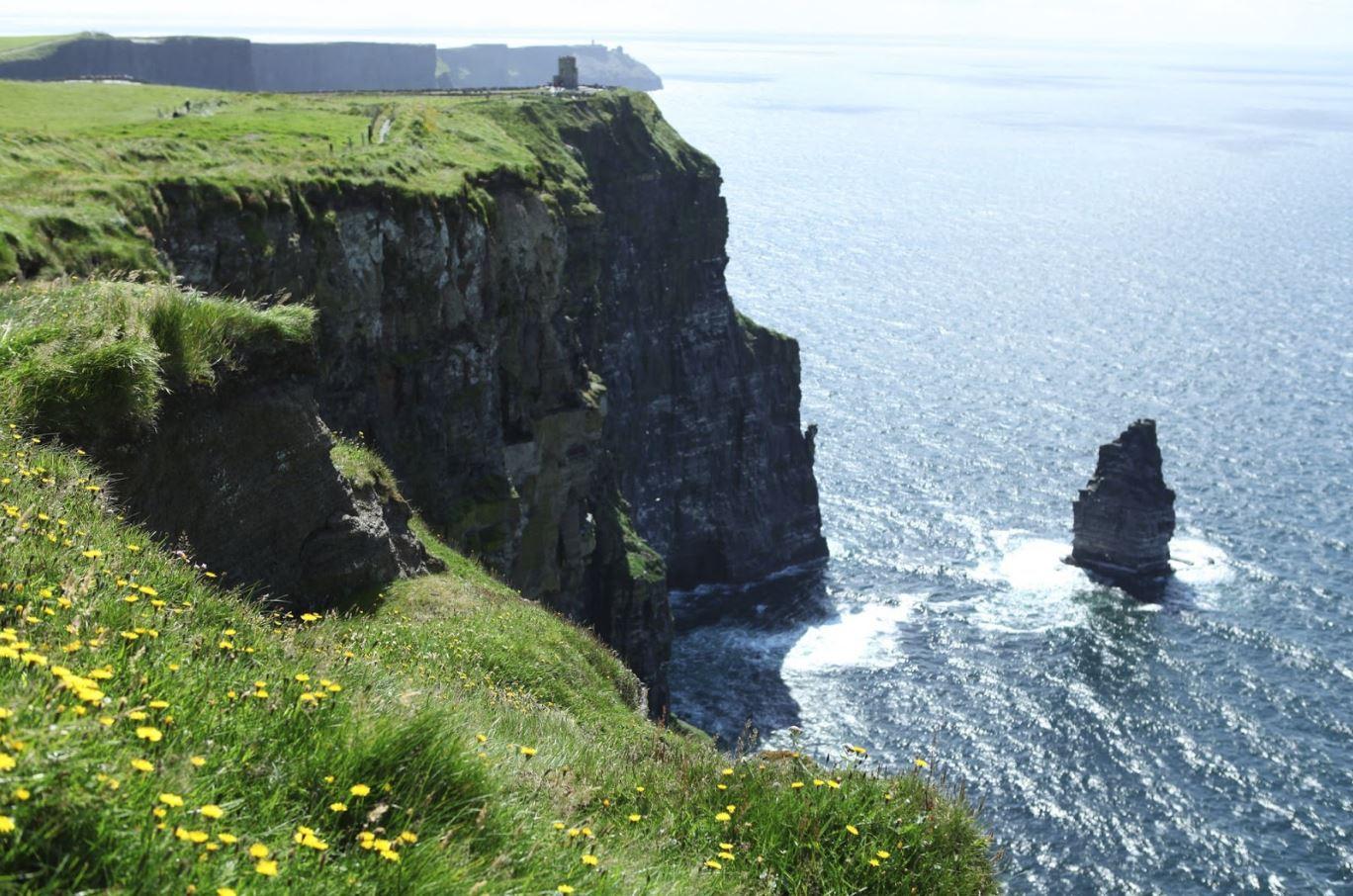 cliff1.JPG