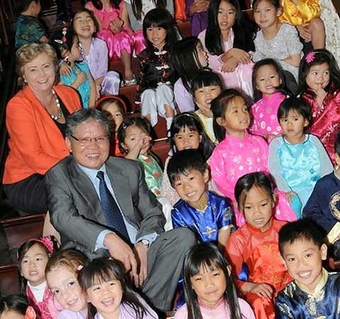 Một cuộc gặp gỡ các con nuôi Việt Nam tại Dublin, Ireland. Ảnh tư liệu