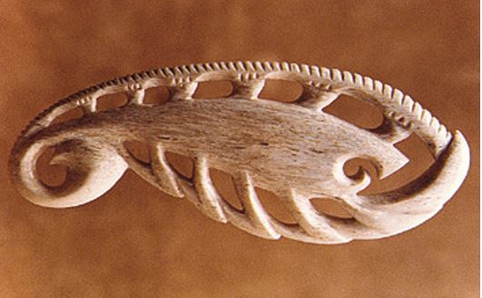 A koura carving based on ancient designs