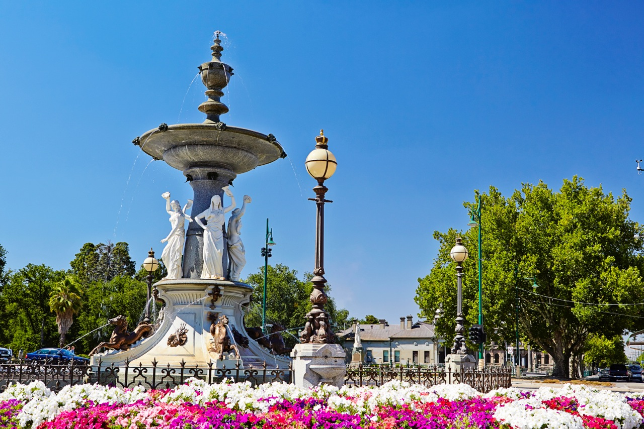 The Alexander Fountain in Bendigo. This is right next to your first Bendigo Talking Tram stop. Photo Credit: Explore Bendigo & Bendigo Tourism