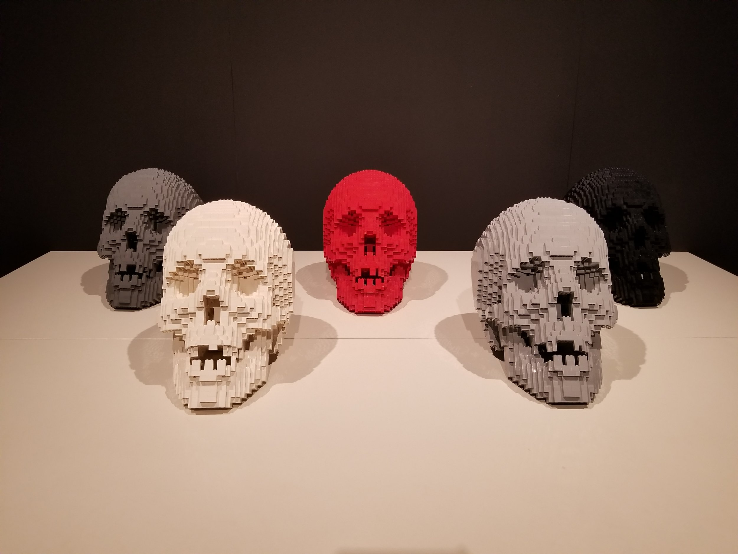 White Skull, Red Skull, Light Gray Skull, Dark Gray Skull, Black Skull