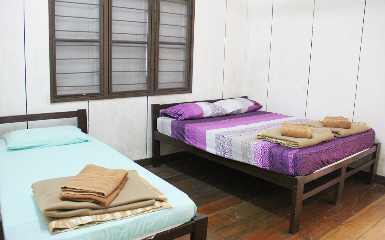 Queen size bed & single bed