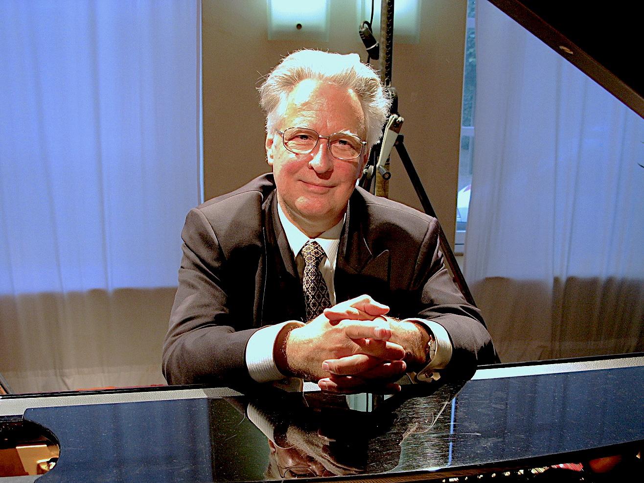 Jean-Claude VANDEN EYNDEN - PRESIDENT (BELGIUM)