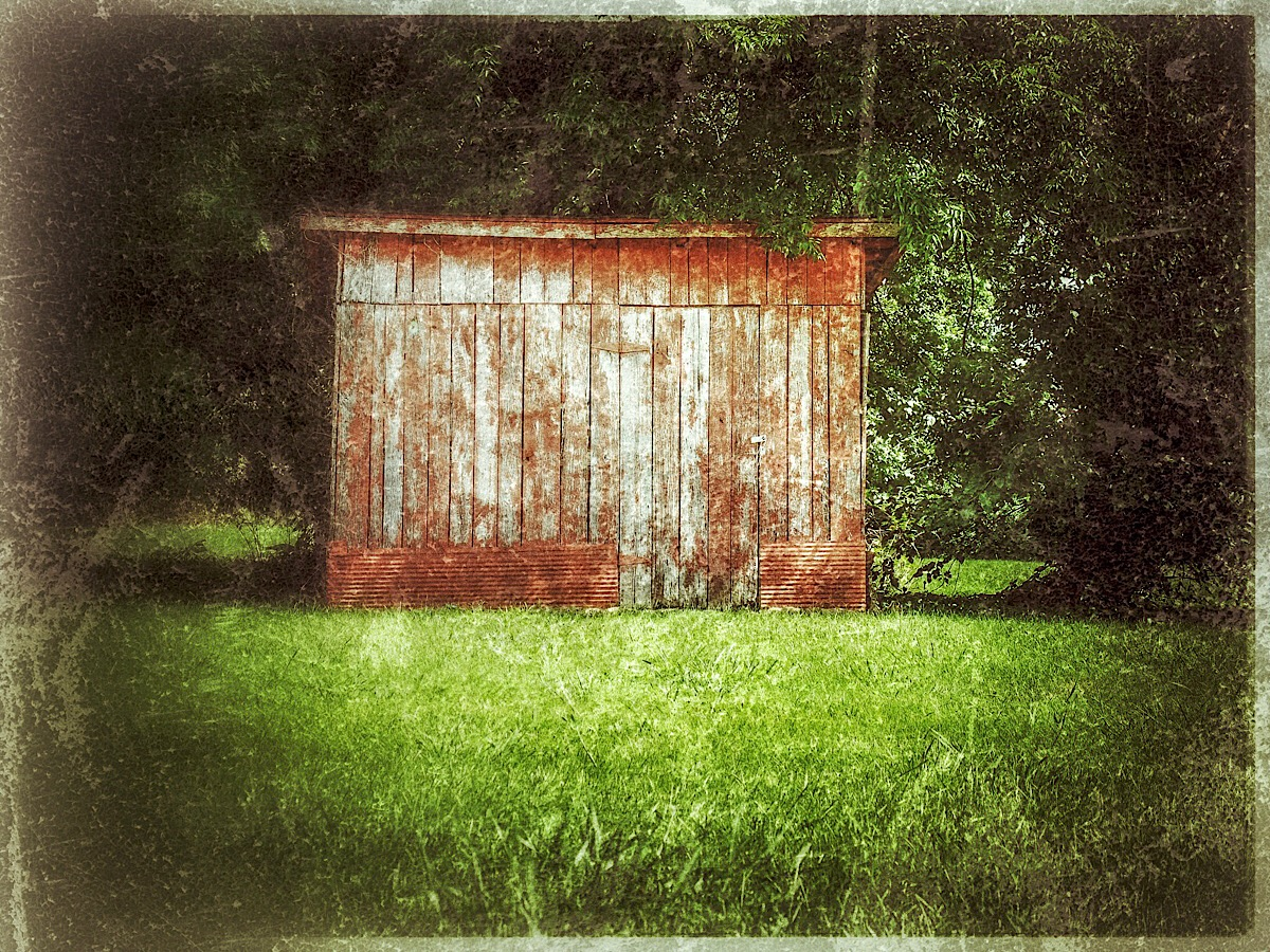 Red Shed New 1200px.jpg