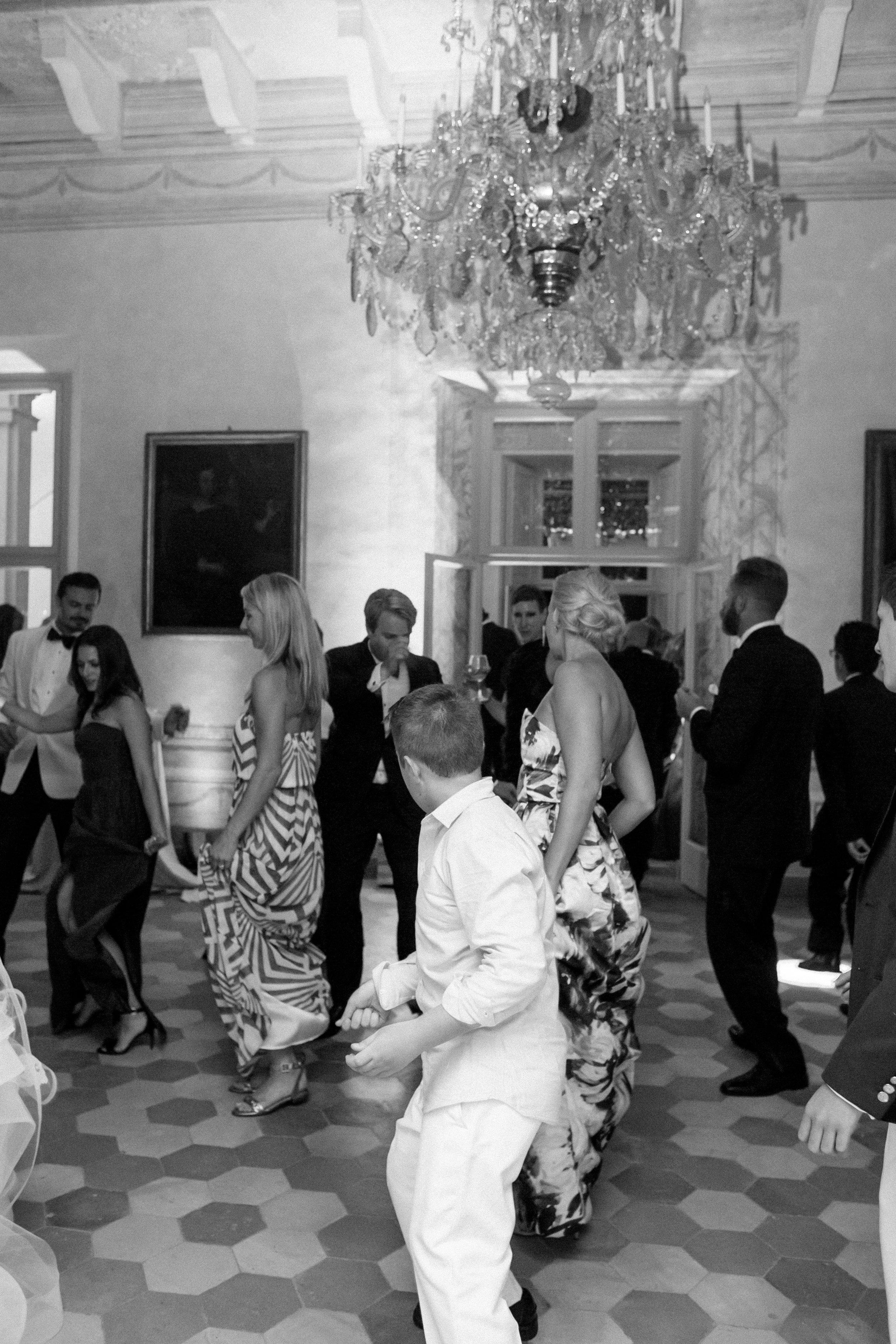 14_late night dancing-1480.jpg