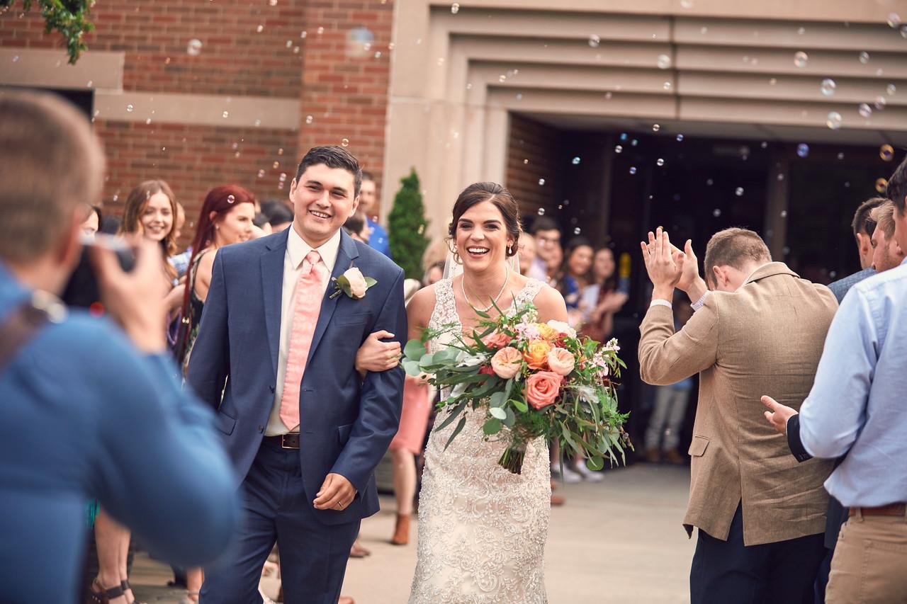 2017-04-22-Wedding-Driver-1498-X2.jpg