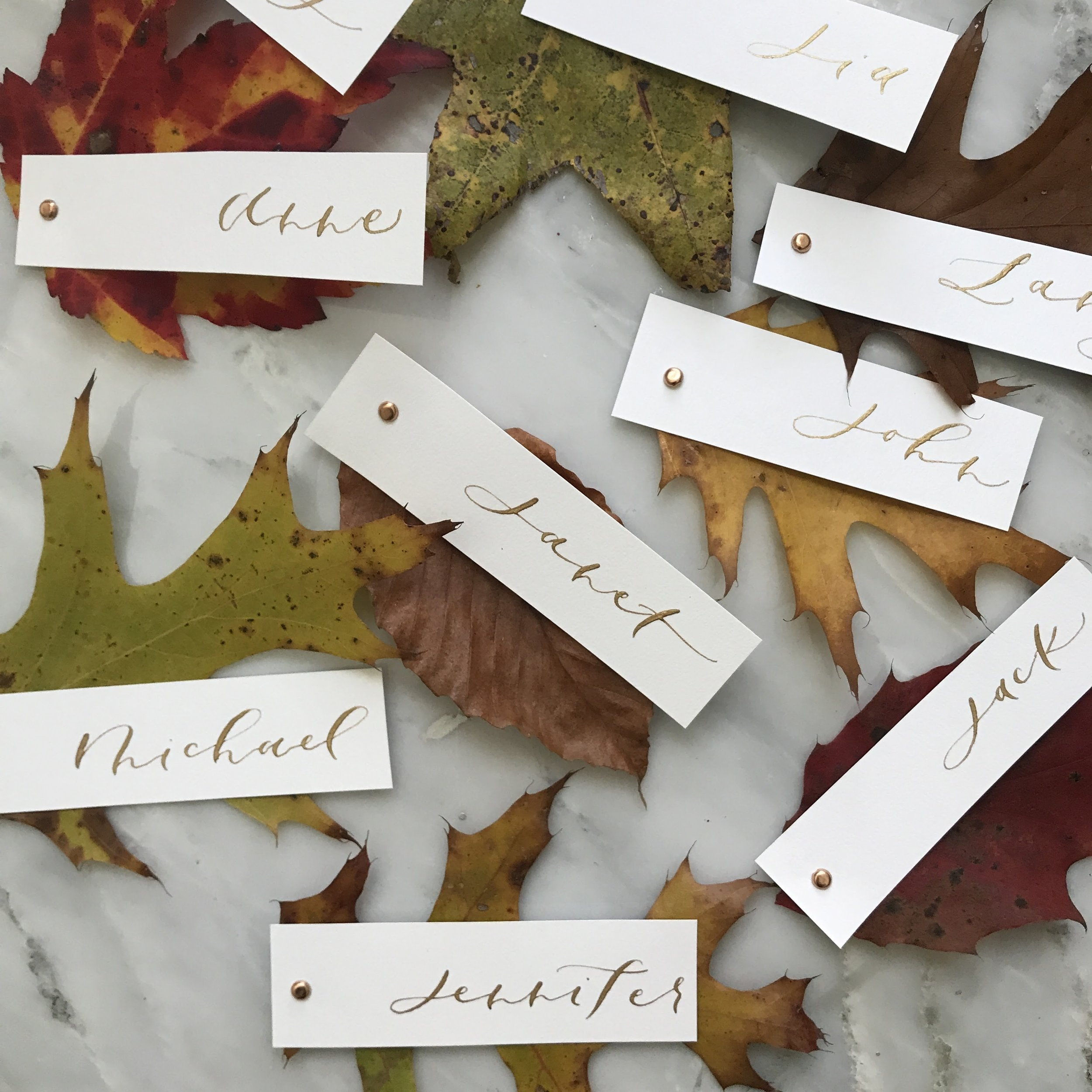 fall-leaves-place-cards