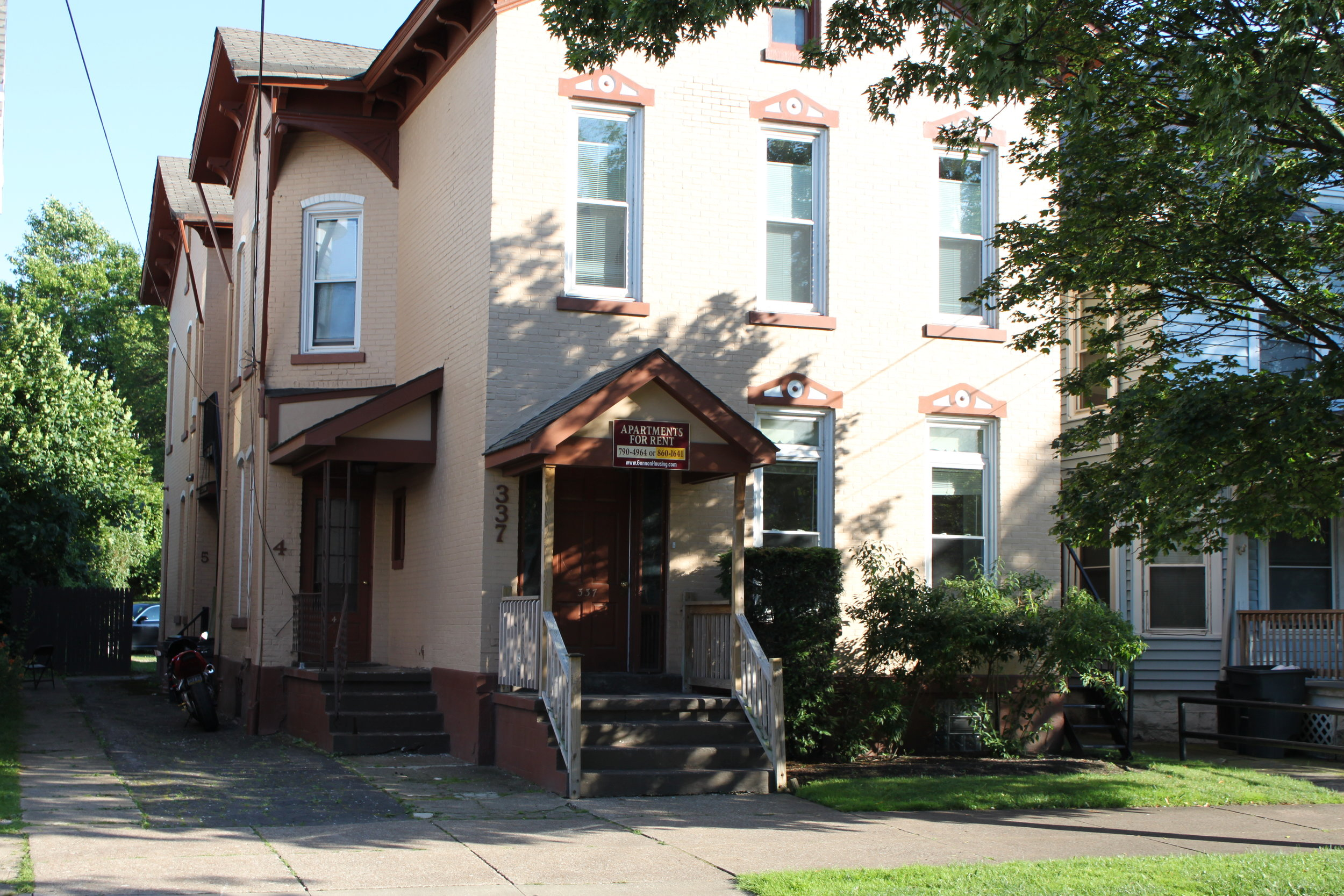 337 West 8th - 337 West 8th St. Erie Pa. 16502In the charming Presta District, this four unit building provides off street parking, onsite laundry, and is a quick walk to Gannon University Campus.