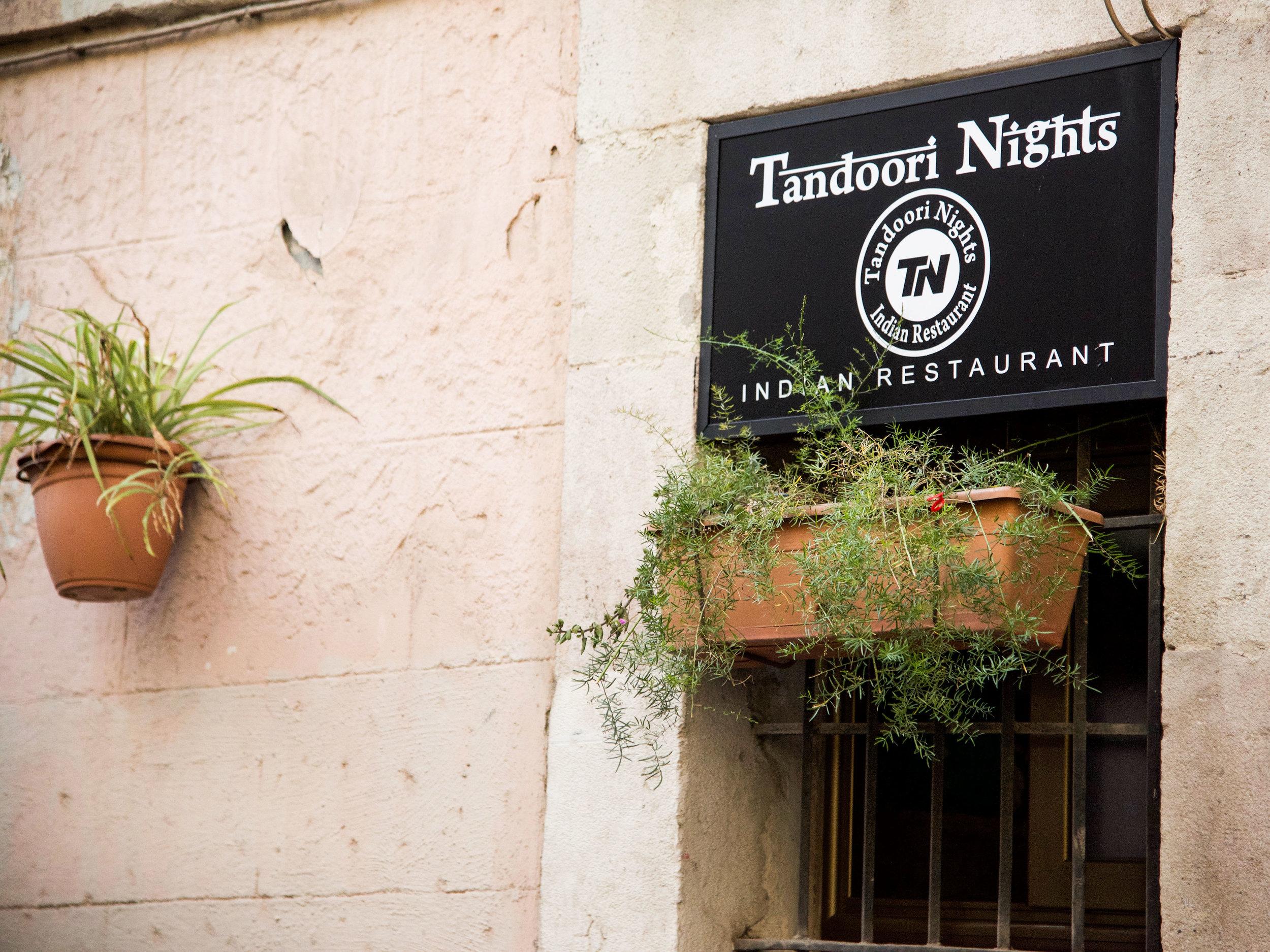 Tandoori-Nights-Barcelona-Spain-Indian-Restaurant-Window.jpg