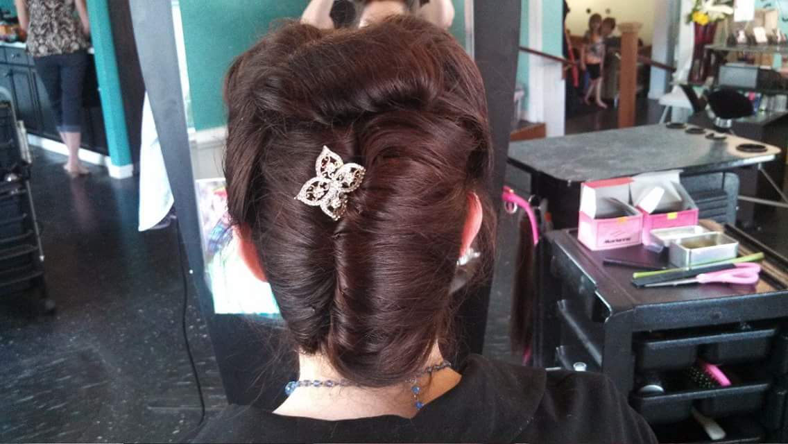 Updo by Heidi Vollers