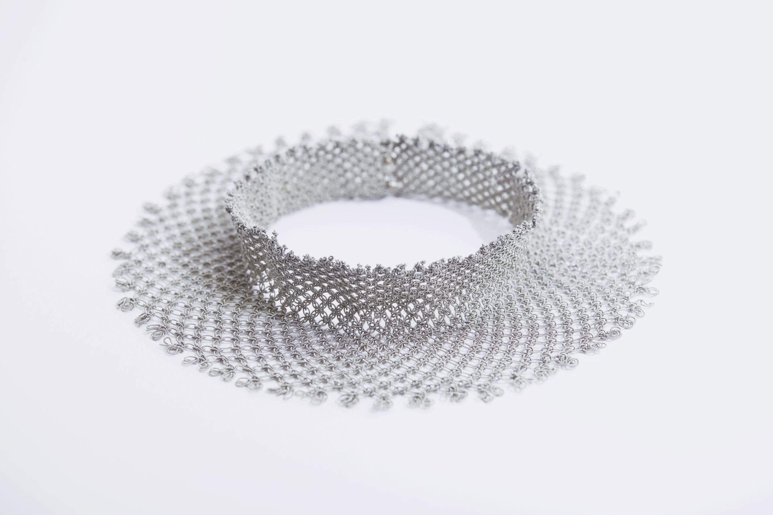 40120  | Collar Piece £ 950
