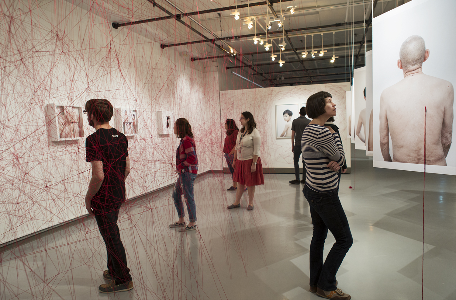 家, Installation View