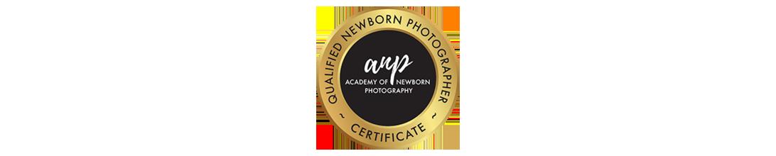 accredited qualified newborn photography hobart tasmania