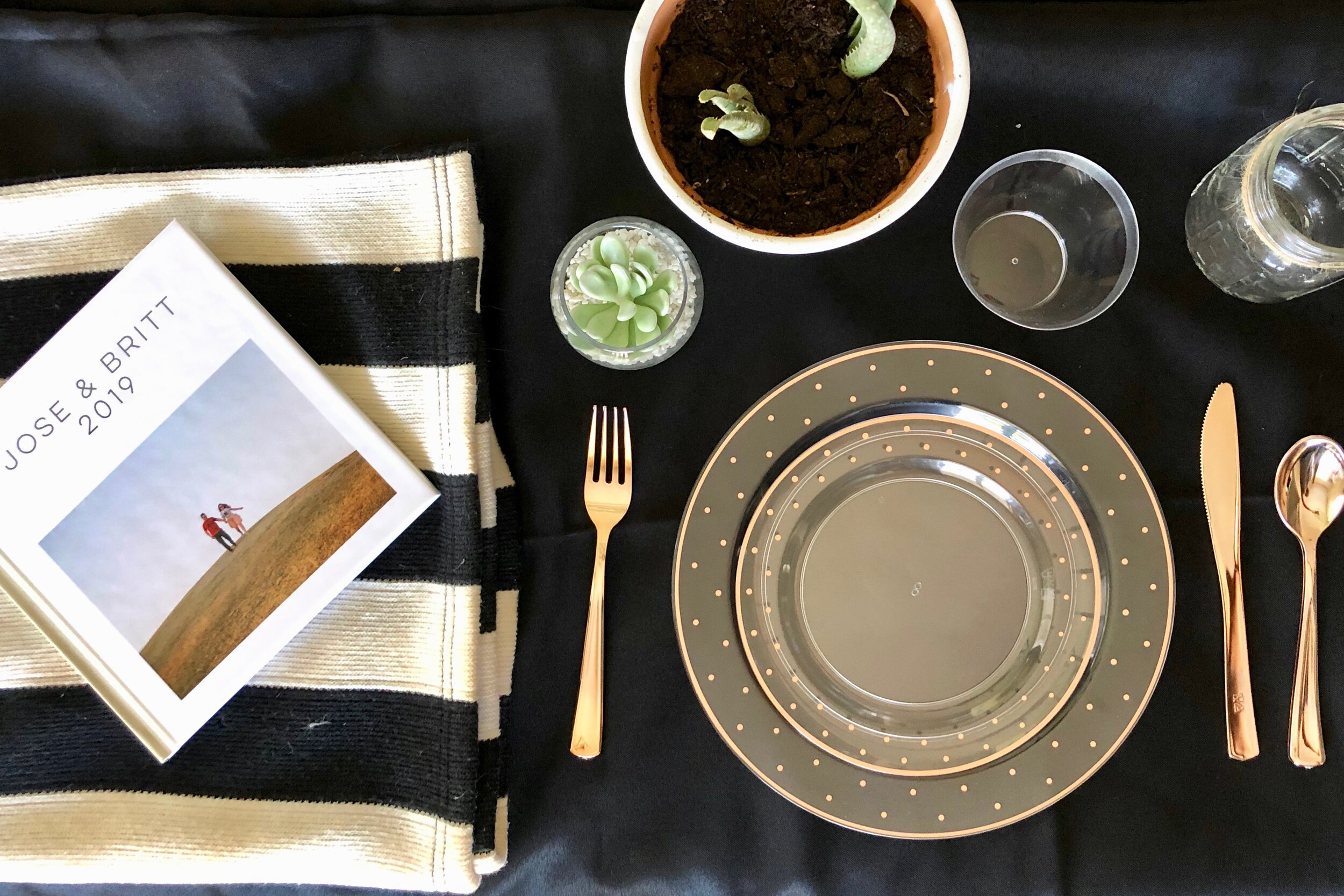 FINDING AZ WEDDING TABLE SETTING