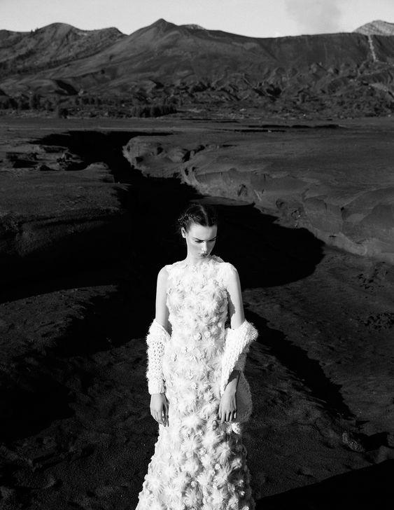 white_dress3.jpg